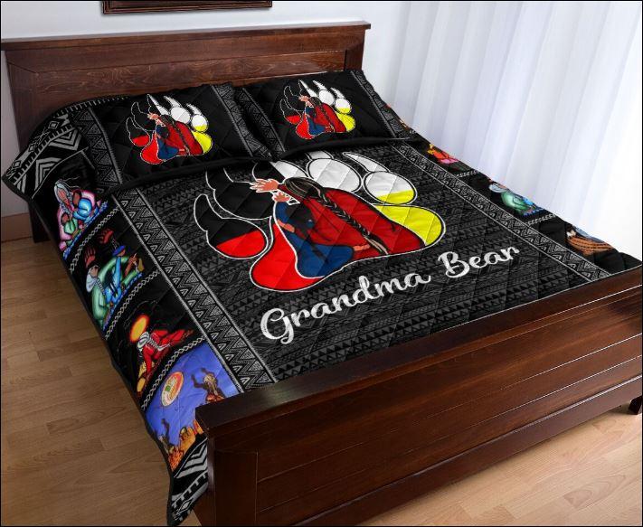 Grandma bear quilt 2
