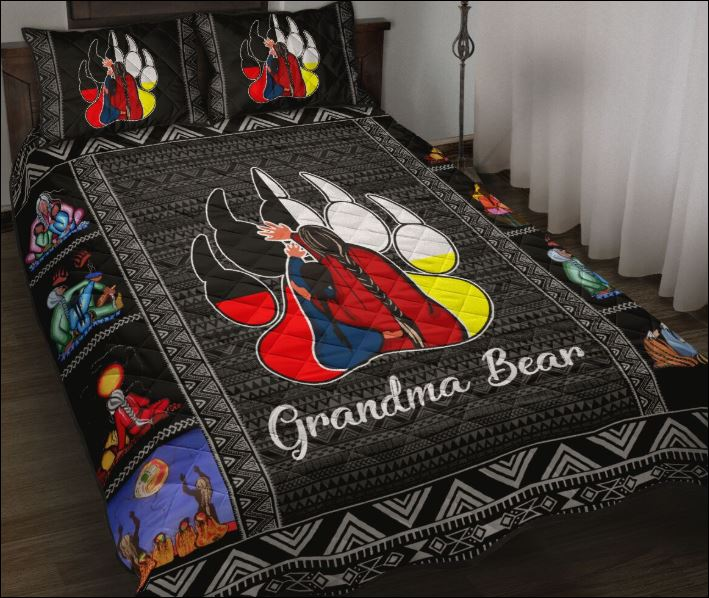 Grandma bear quilt