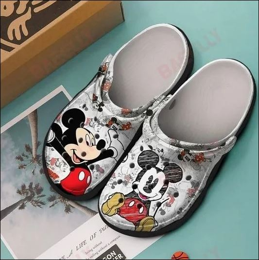 Mickey mouse crocband