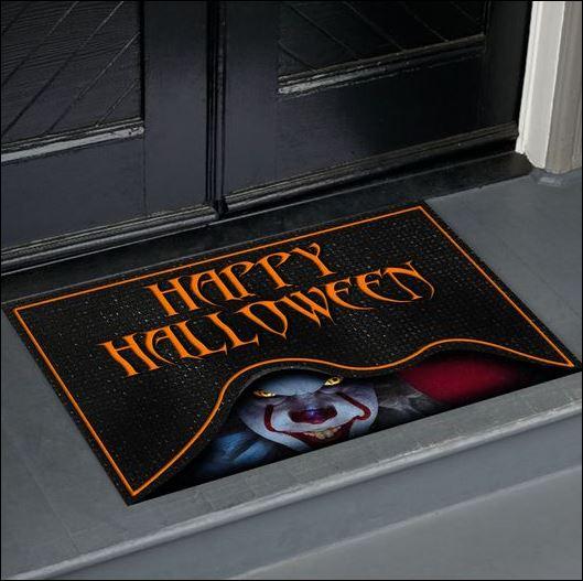 Pennywise happy Halloween doormat 1