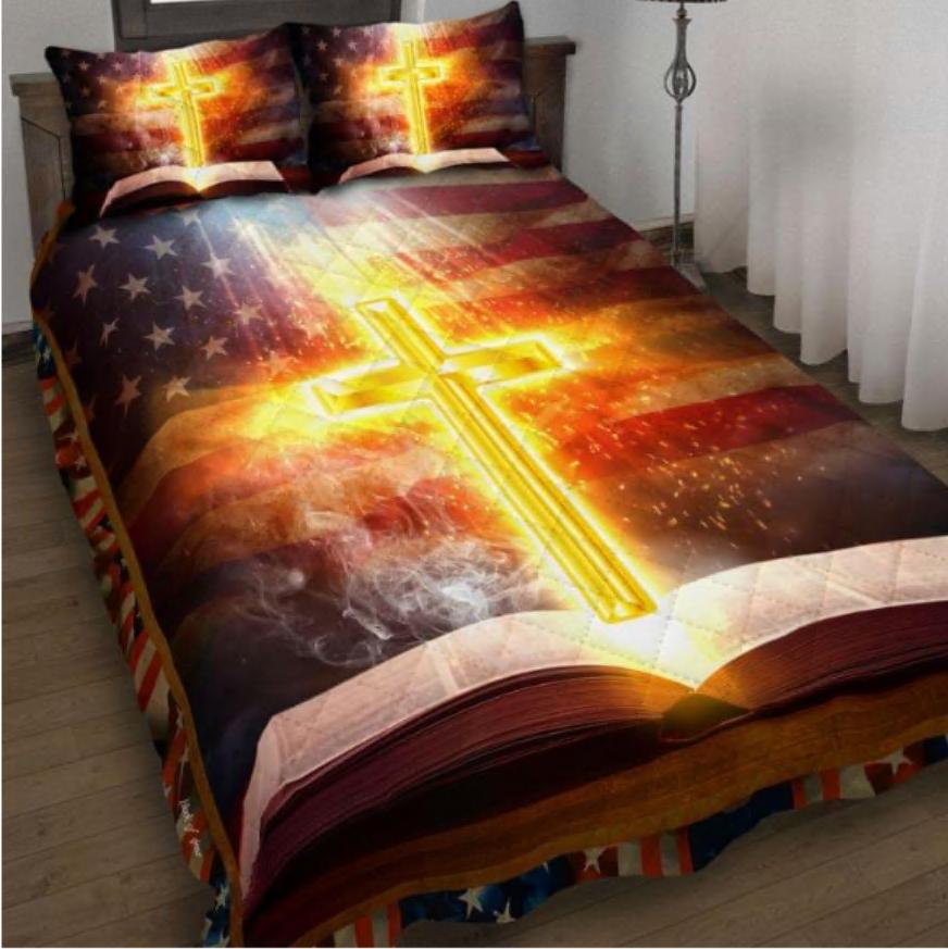 Cross and Bible American flag bedding set