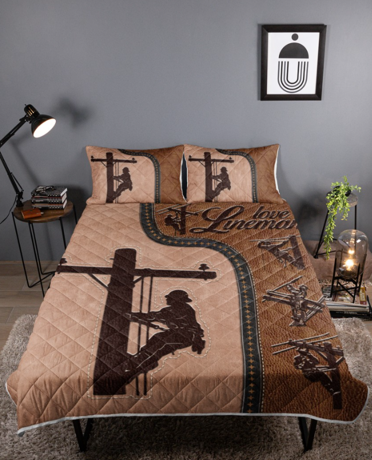 Love lineman bedding set