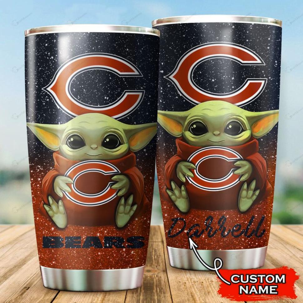 Personalized Baby Yoda hug Chicago Bears tumbler