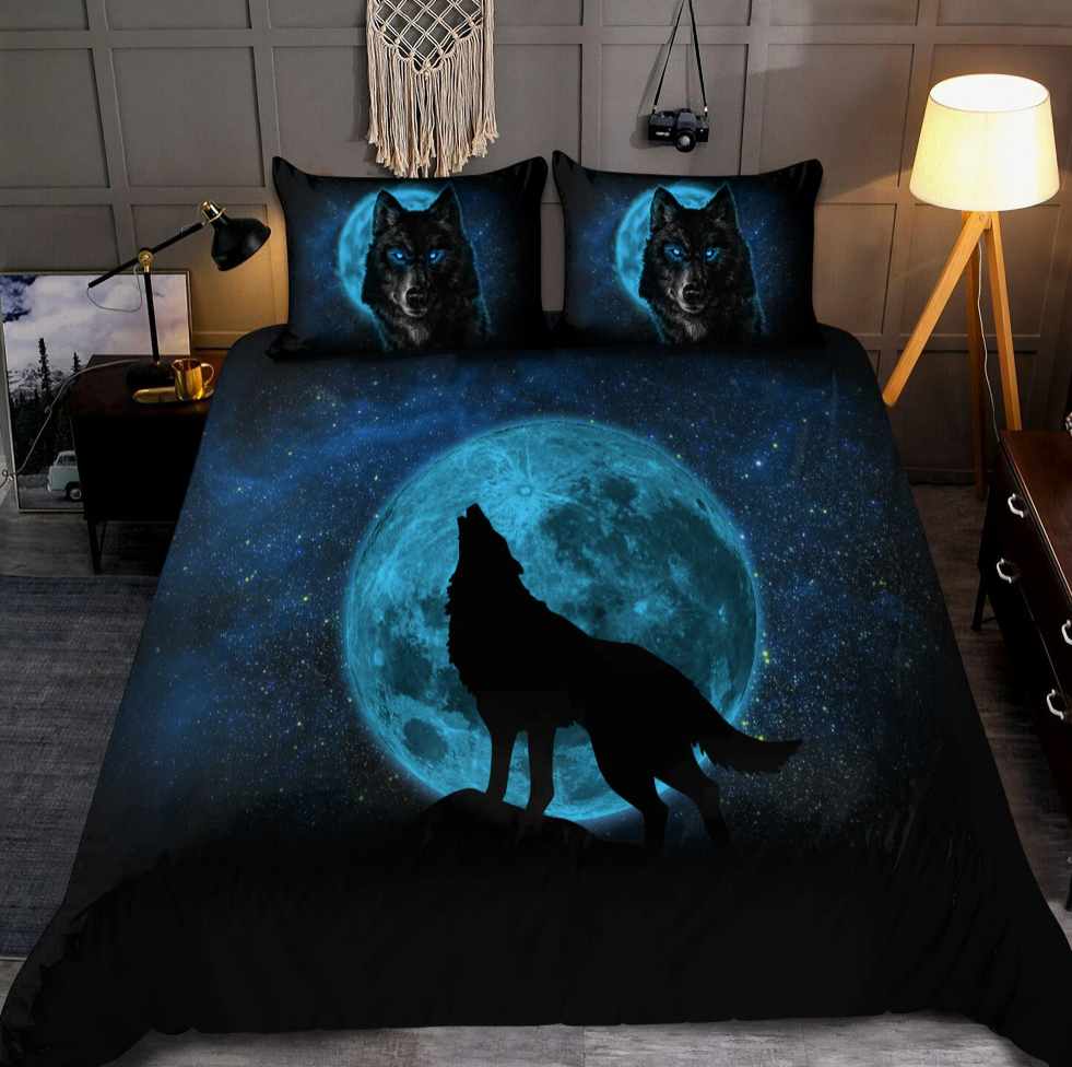 Moon and wolf bedding set