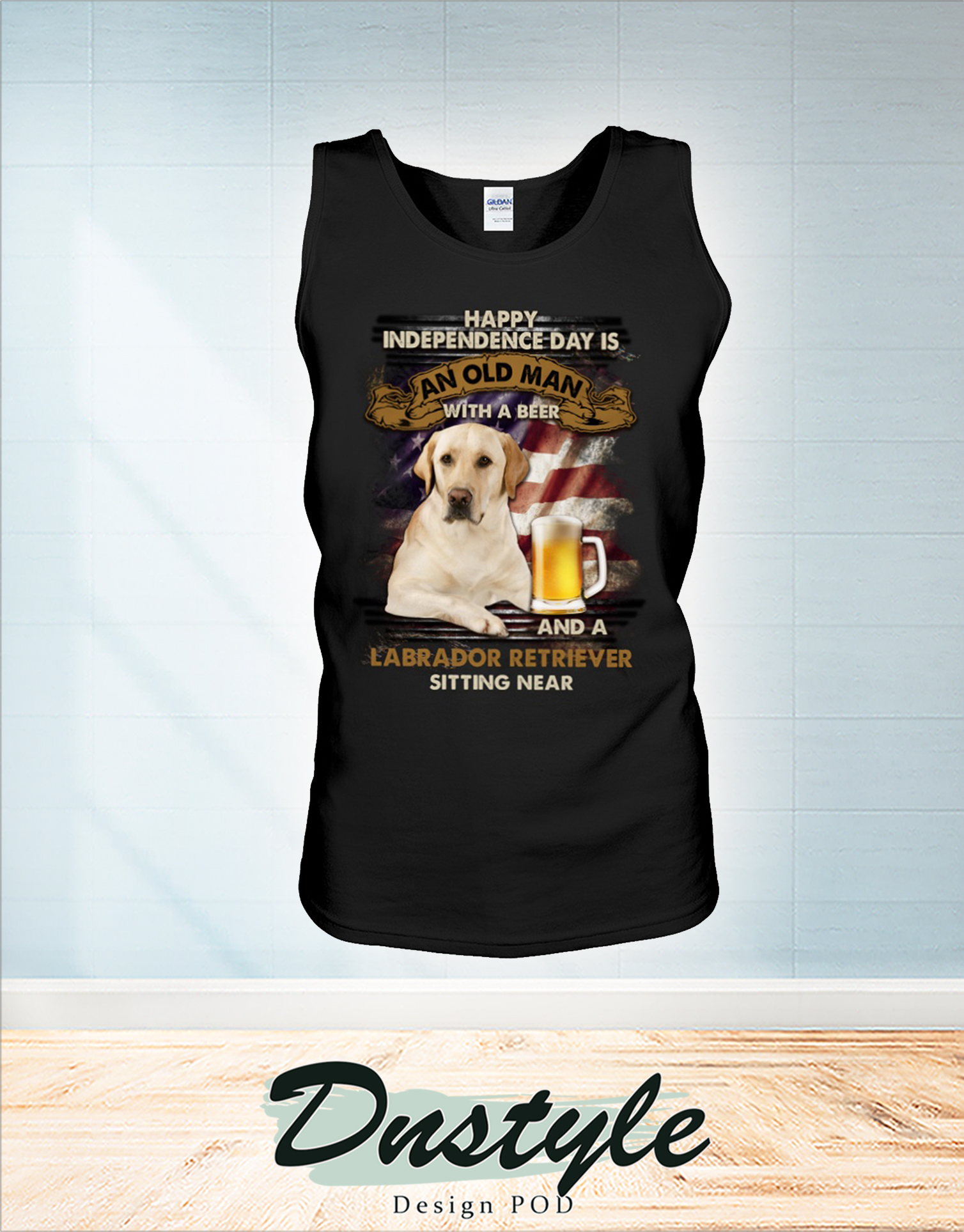 Happy independence day is an old man with a beer and a Labrador retriever sitting near tank