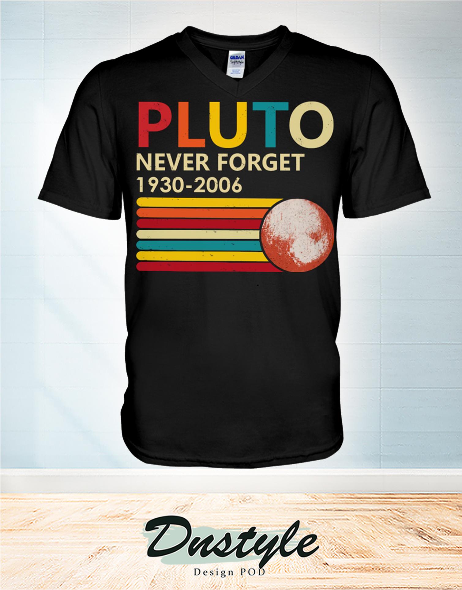 Pluto never forget 1930 - 2006 v-neck