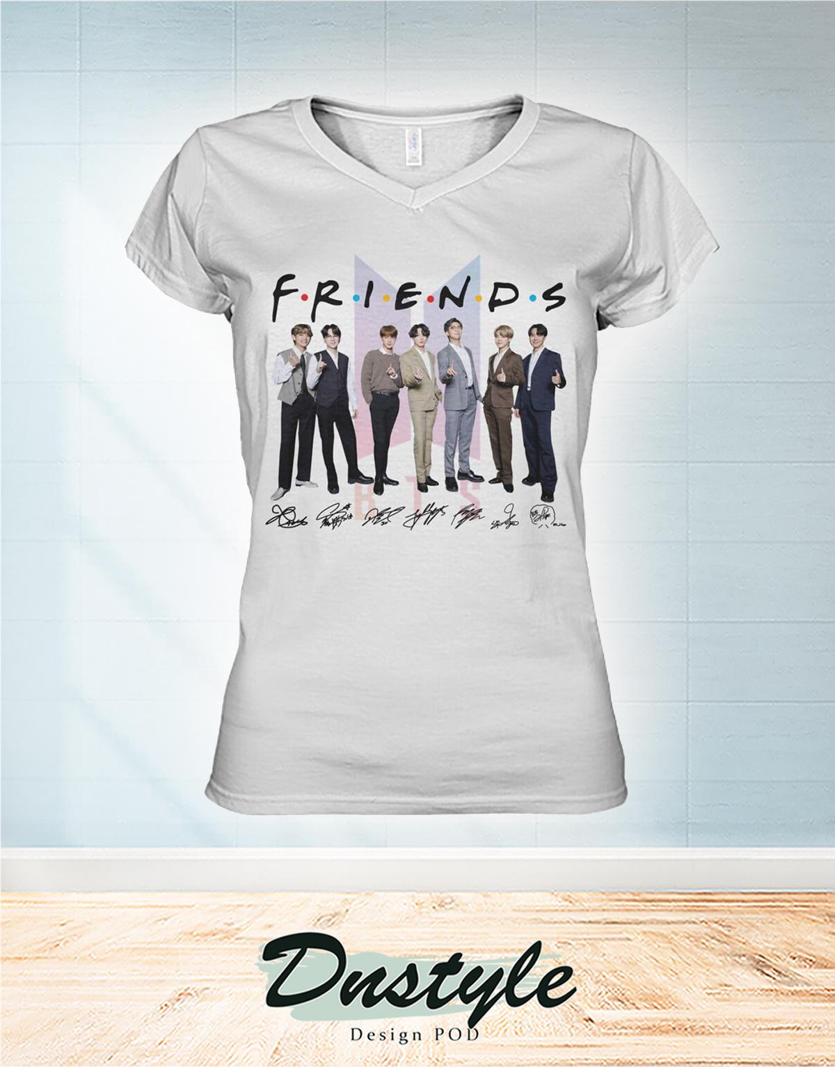 BTS friends signarure women v-neck