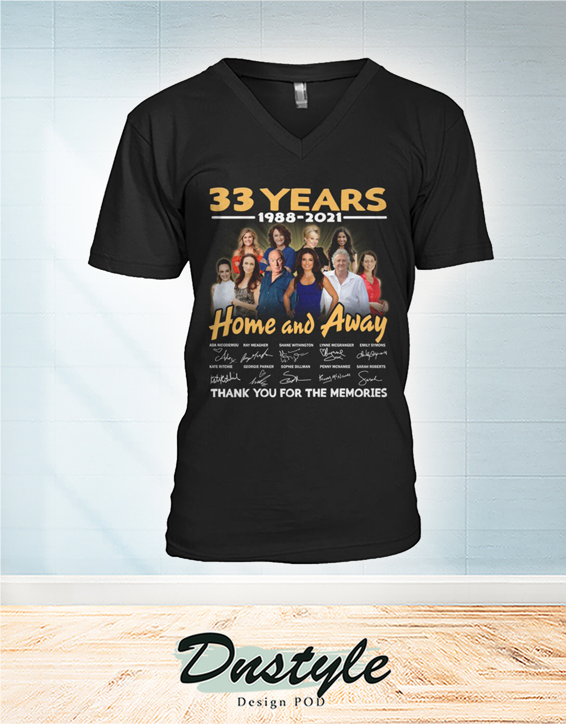 Home and away 33 years thank you for the memories v-neck