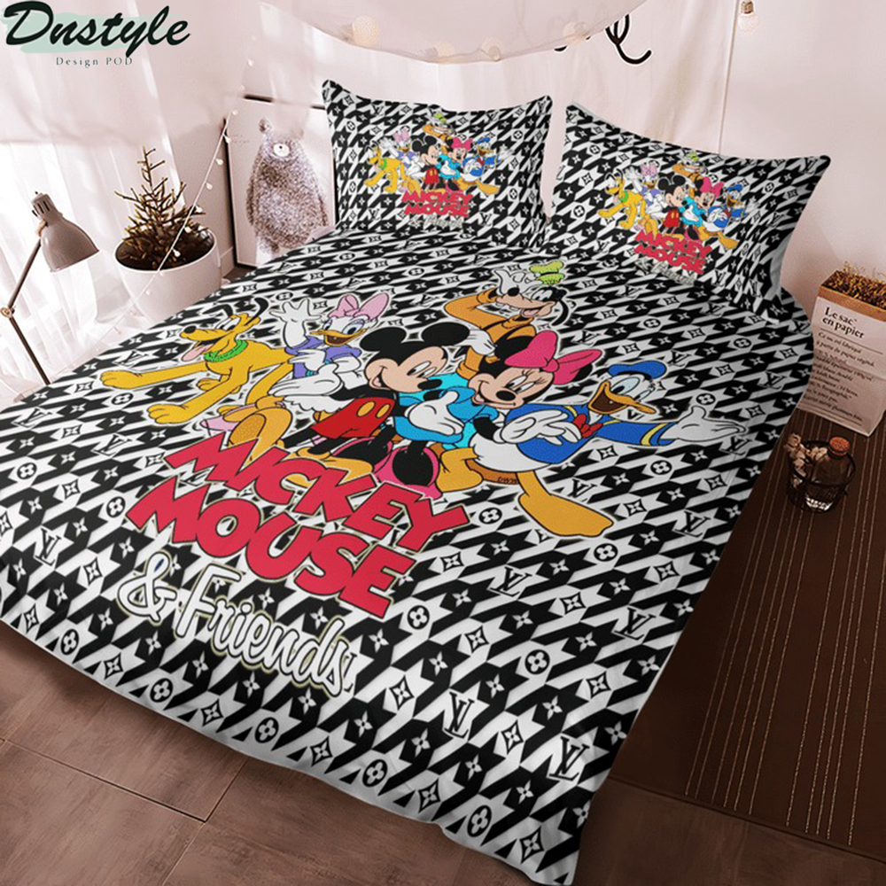 Mickey mouse and friends 3d bedding set 2