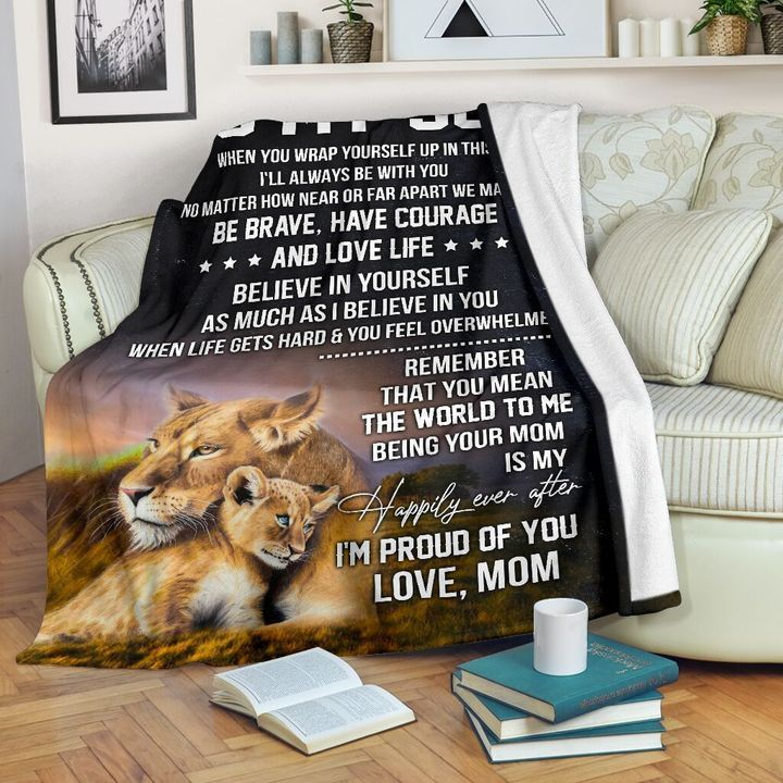 Lion mom to my son blanket 1