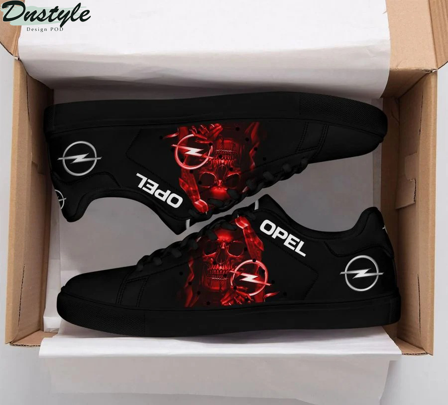 Opel stan smith low top shoes