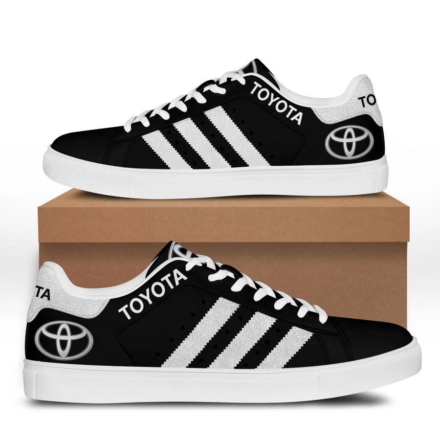 Toyota stan smith low top shoes 3